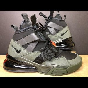 Nike Air Force 270 Utility Shoe Black AQ0572-300